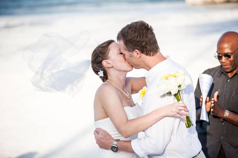 29-Zanzibar-wedding-photographer