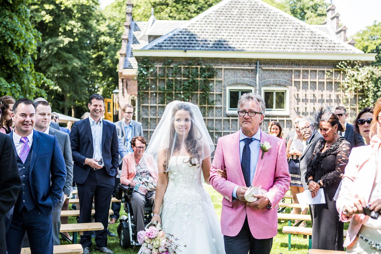 24-Veenendaal-Utrecht-bruidsfotografie-trouwfotograaf