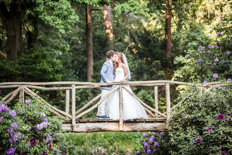 47-Veenendaal-Utrecht-bruidsreportage-trouwfotograaf