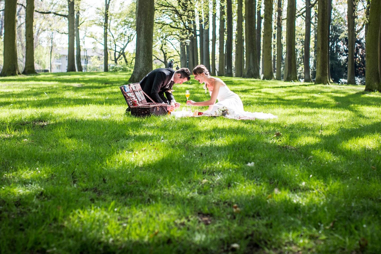 23-De-Watermolen-Opwetten-bruidsfotografie-trouwfotograaf
