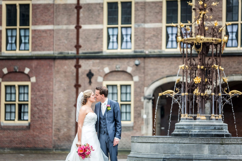 13-Den-Haag-binnenhof-bruidsfotografie-trouwfotograaf