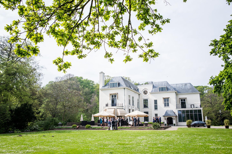 28-Landgoed-te-Werve-bruidsfotografie-trouwfotograaf
