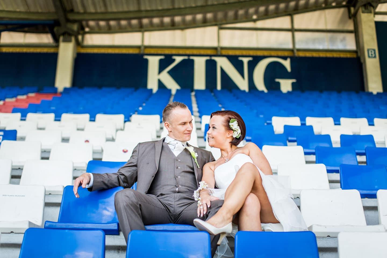 36-Tilburg-stadion-bruidsfotografie-trouwfotograaf