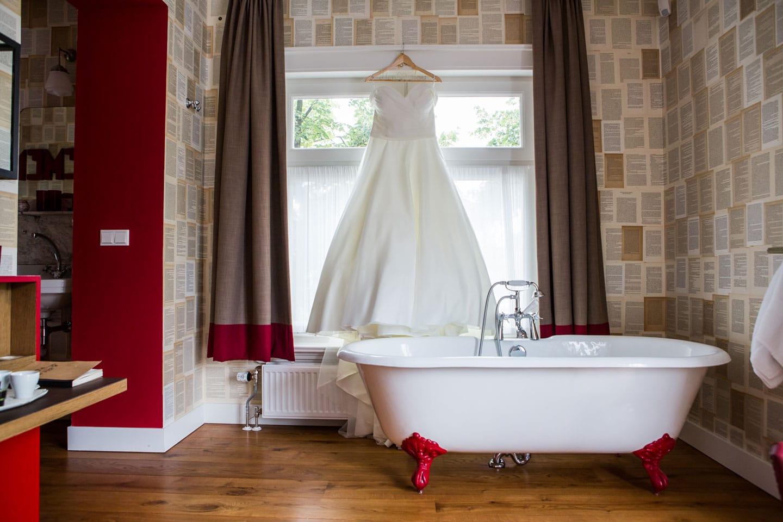 04-Villa-Pastorie-Tilburg-bruidsfotografie-trouwfotograaf
