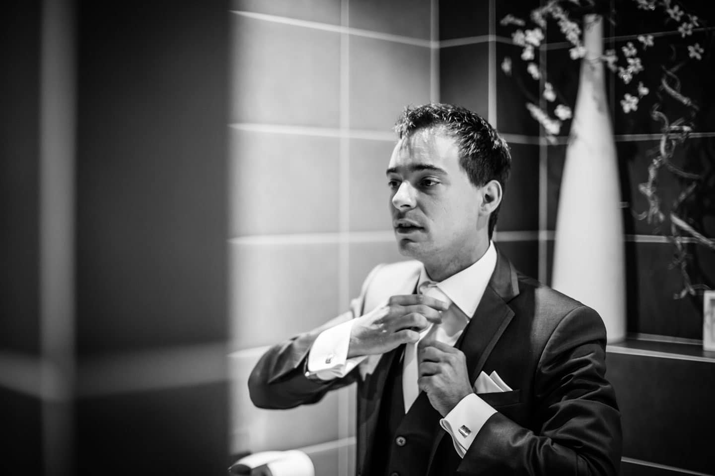 13-Kasteel-Geldrop-bruidsfotografie-trouwfotograaf