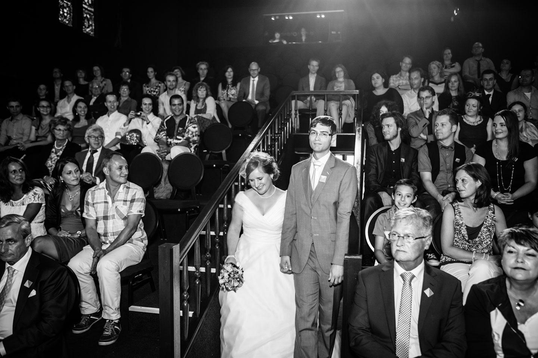 28-Klasse-Theater-Tilburg-bruidsreportage-trouwfotograaf