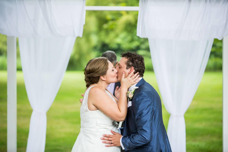 32-Landgoed-Huize-Bergen-bruidsfotografie-trouwfotograaf