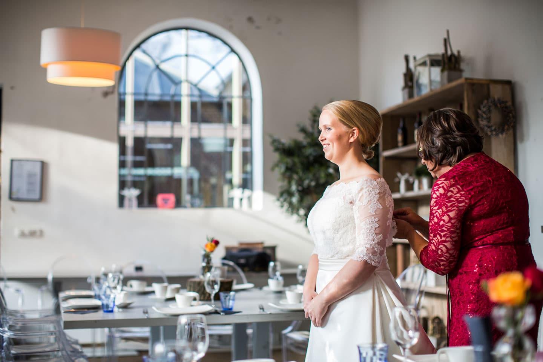05-Kasteel-Geldrop-bruidsfotografie-trouwfotograaf
