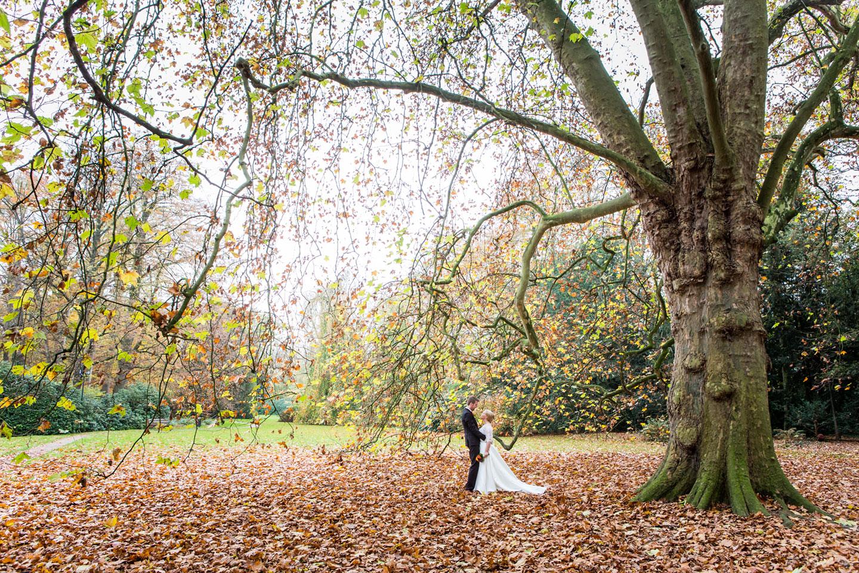 21-Kasteel-Geldrop-bruidsfotografie-trouwfotograaf
