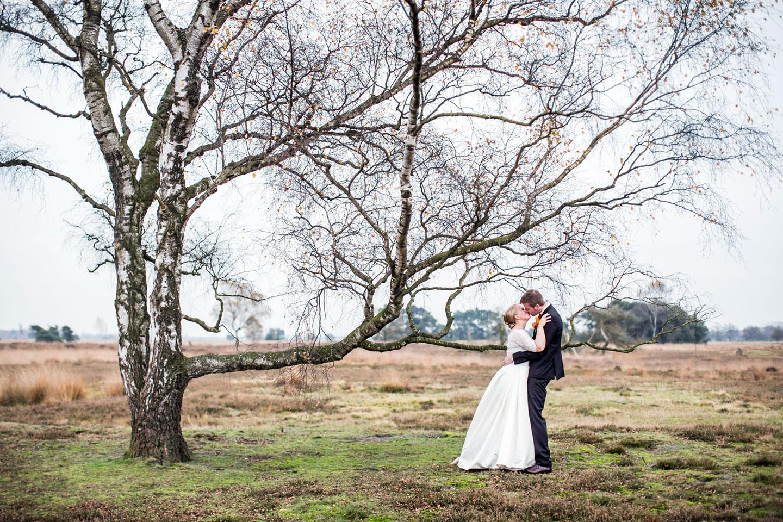 33-Kasteel-Geldrop-bruidsfotografie-trouwfotograaf