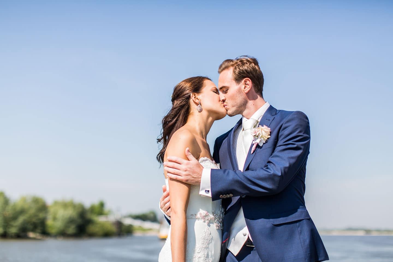 12-zaltbommel-bruidsfotografie-trouwfotograaf