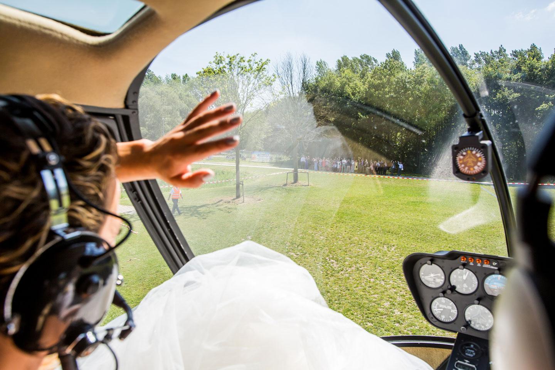 22-bruidsfotografie-trouwfotograaf-helikopter-bruiloft