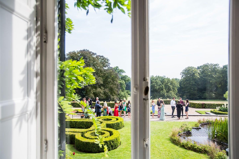 25-Landgoed-Rhederoord-bruidsfotografie-trouwfotograaf