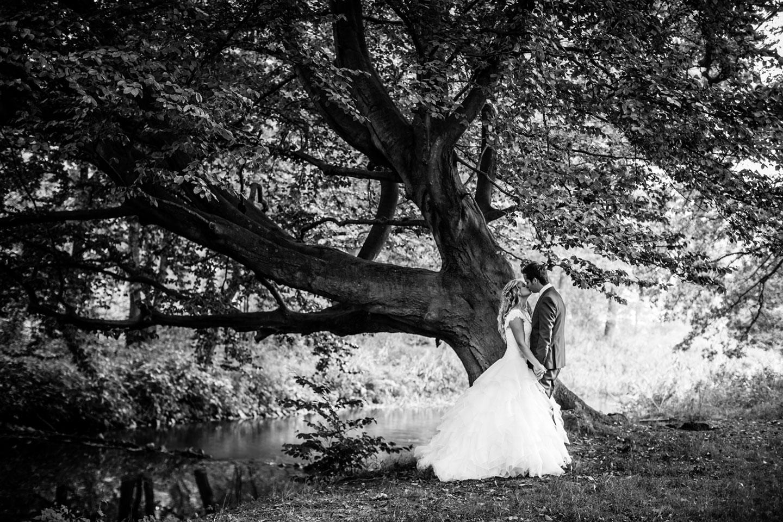22-Kasteel-Heeswijk-bruidsreportage-trouwfotograaf