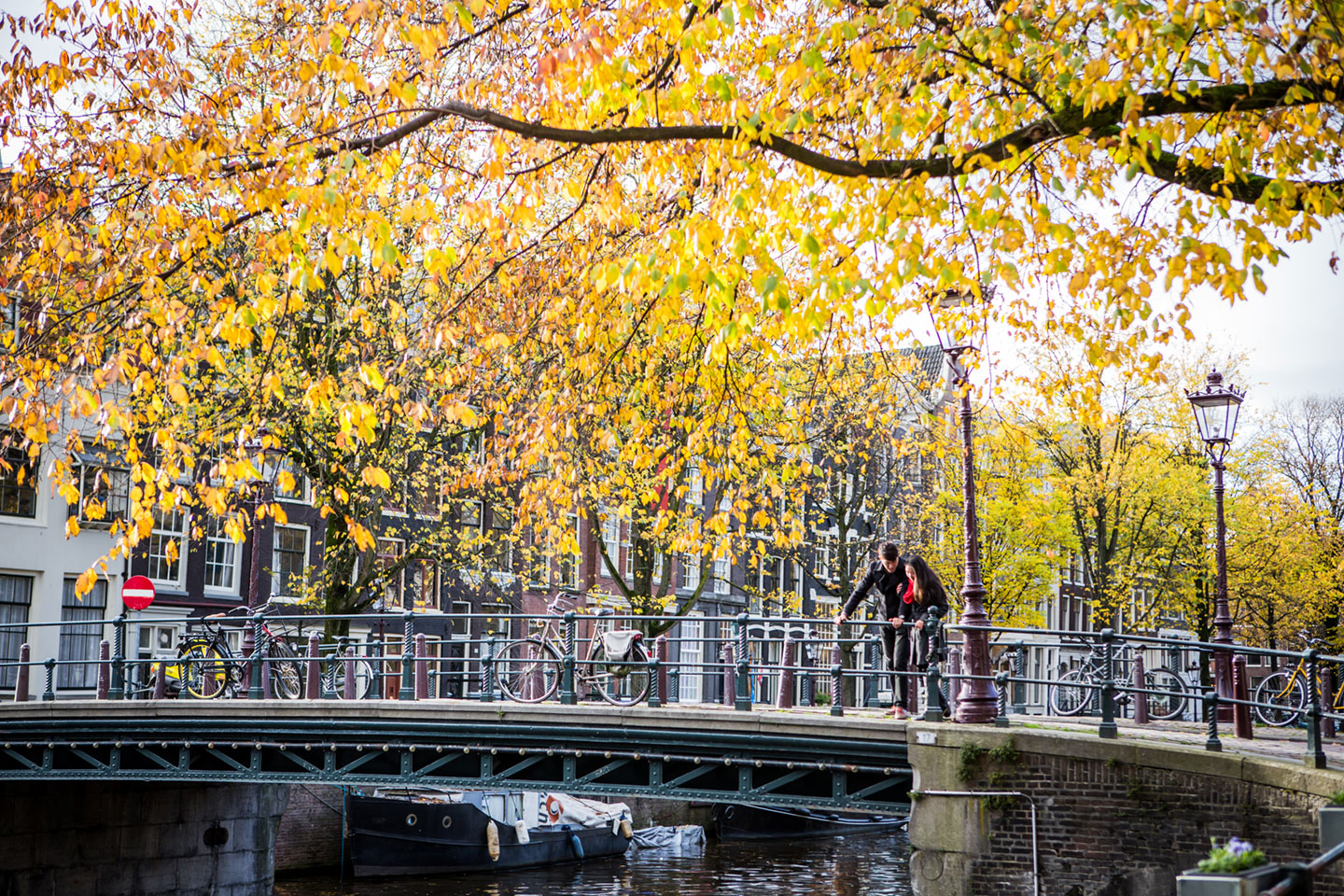 02-pre-wedding-love-shoot-Amsterdam