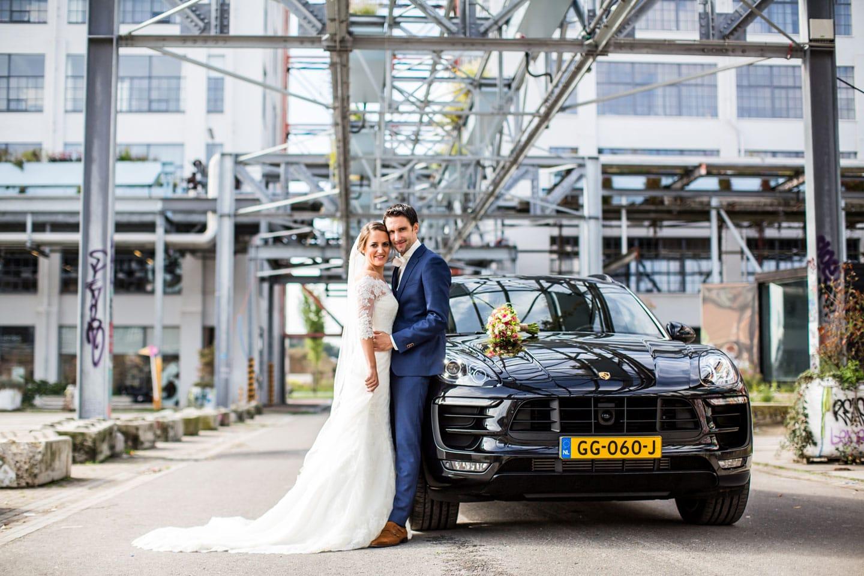 11-Strijp-s-Eindhoven-bruidsfotografie-trouwfotograaf