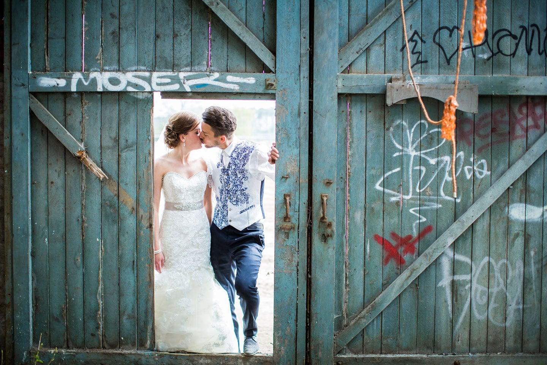 25-Breda-bruidsreportage-trouwfotograaf-industrieel