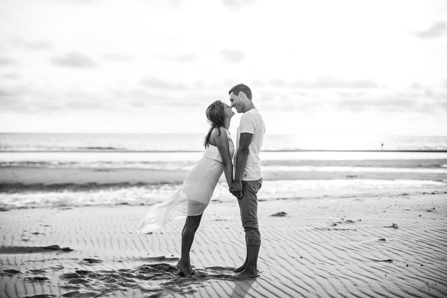 29-pre-wedding-love-shoot-holland