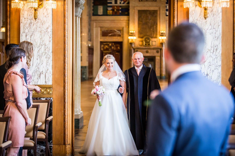 37-Rotterdam-stadhuis-bruidsreportage-trouwfotograaf