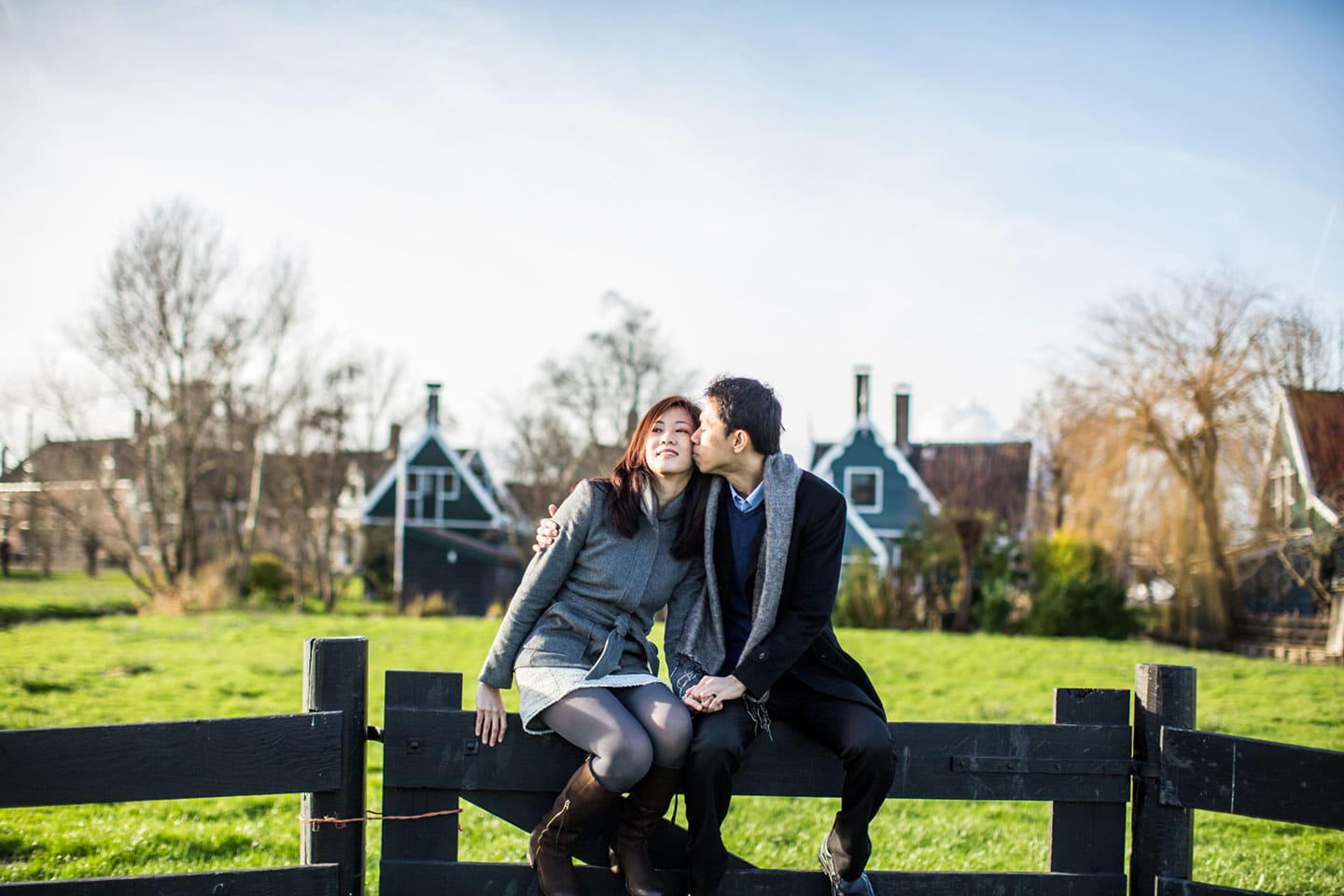 08-Zaanse-Schans-Amsterdam-prewedding-love-shoot
