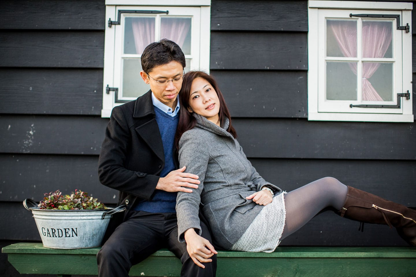13-Zaanse-Schans-Amsterdam-prewedding-love-shoot