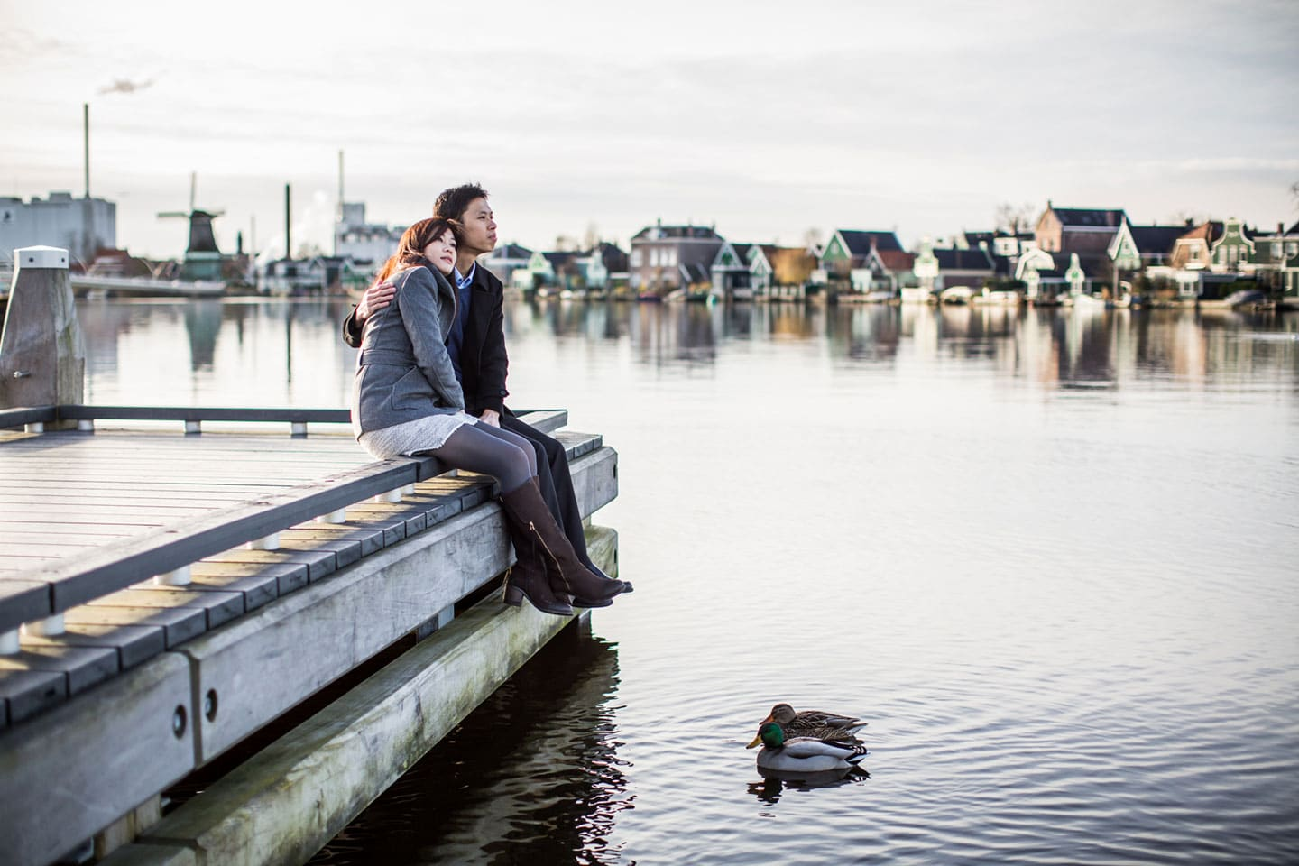 15-Zaanse-Schans-Amsterdam-prewedding-love-shoot