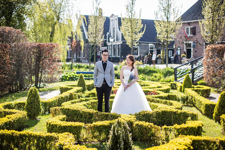 05-Keukenhof-pre-wedding-tulips