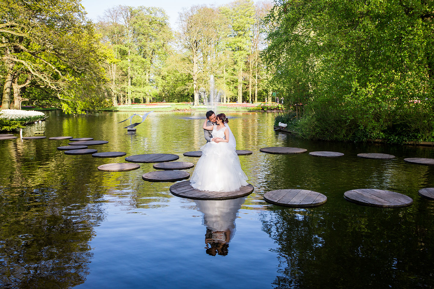 10-Keukenhof-pre-wedding-photoshoot