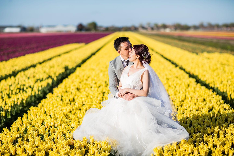 19-Amsterdam-pre-wedding-tulips