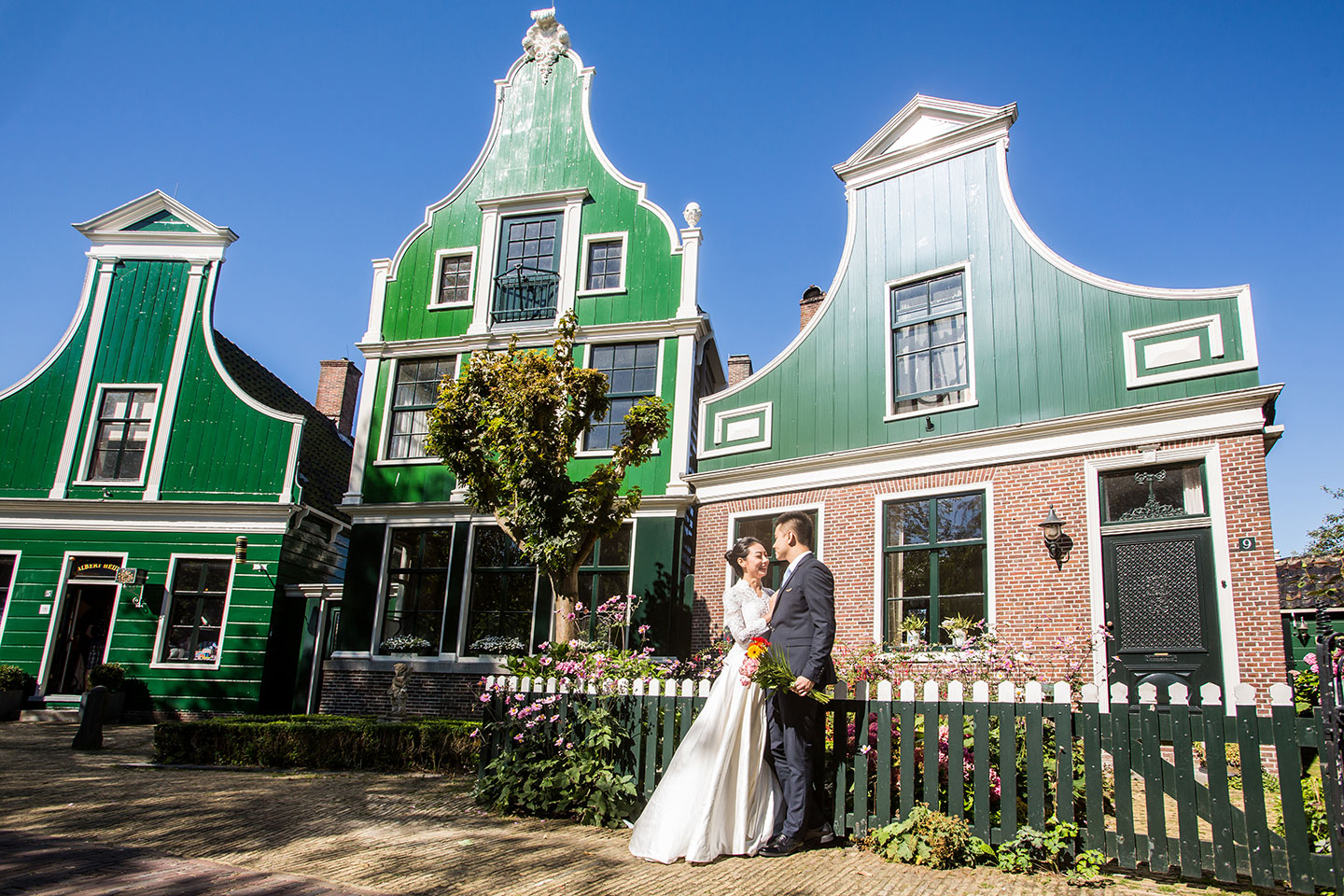 29-windmills-Zaanse-Schans-pre-wedding