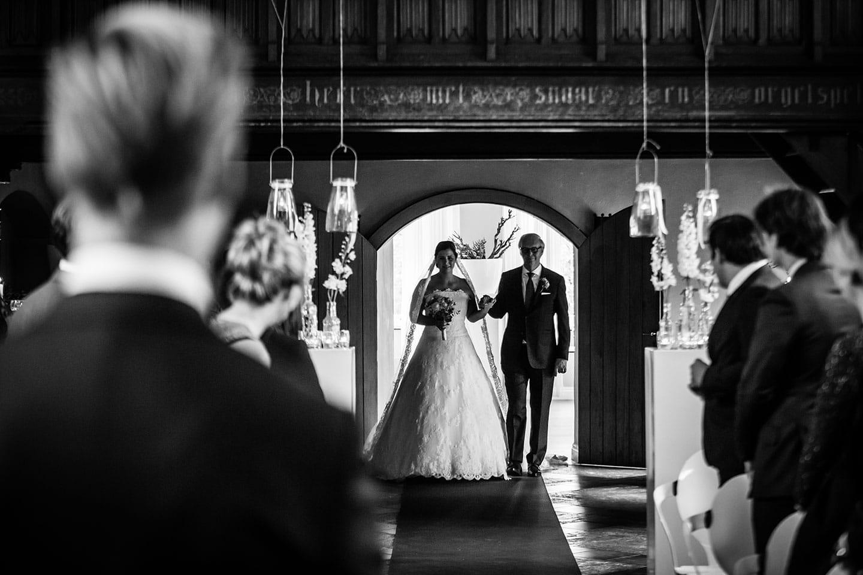 30-Klooster-Bethlehem-bruidsfotografie