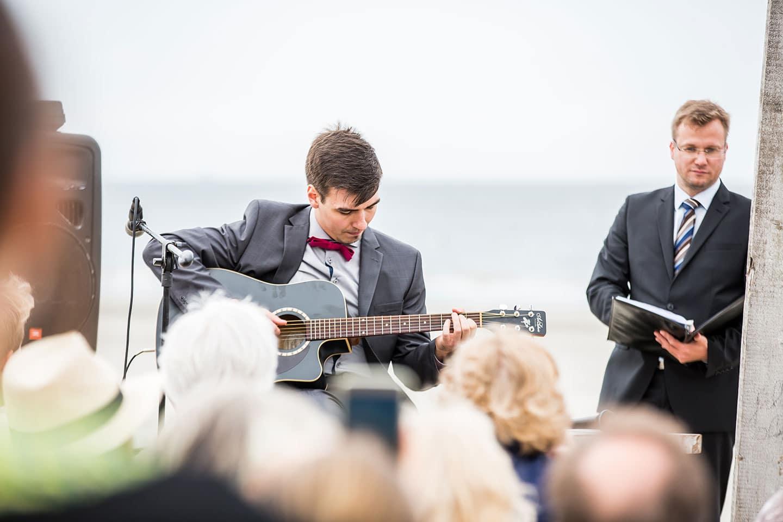 17-Elements-Beach-Gravenzande-bruidsfotografie
