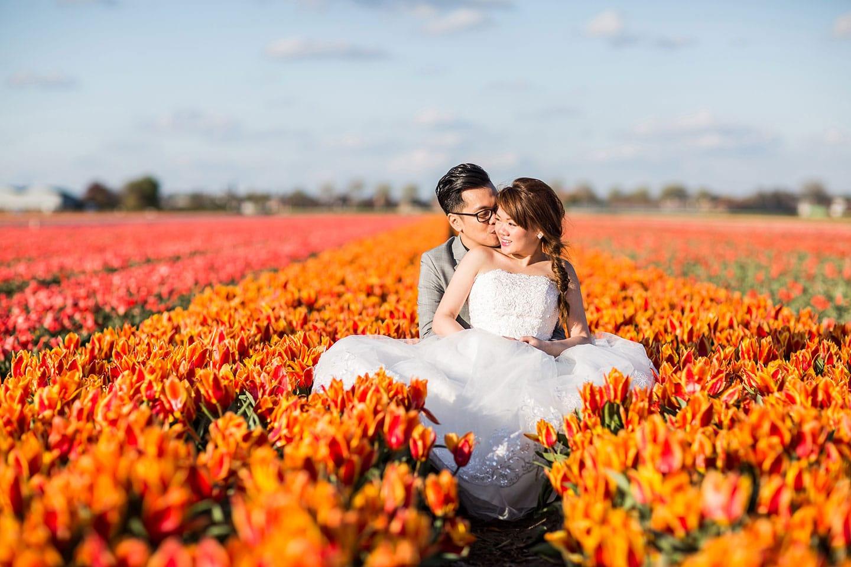 Pre wedding tulip fields Holland