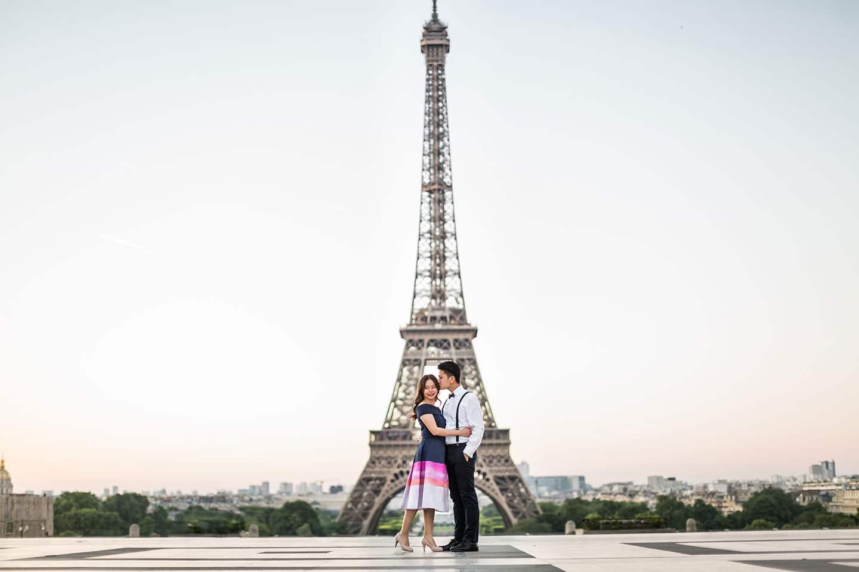 Engagement shoot Eiffel Tower Paris, France