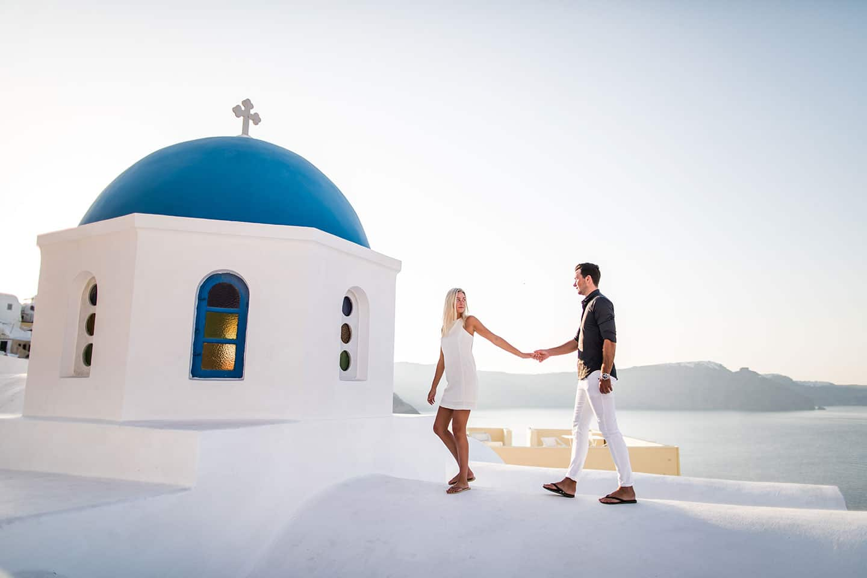 Santorini Love Shoot By European Prewedding Photographer