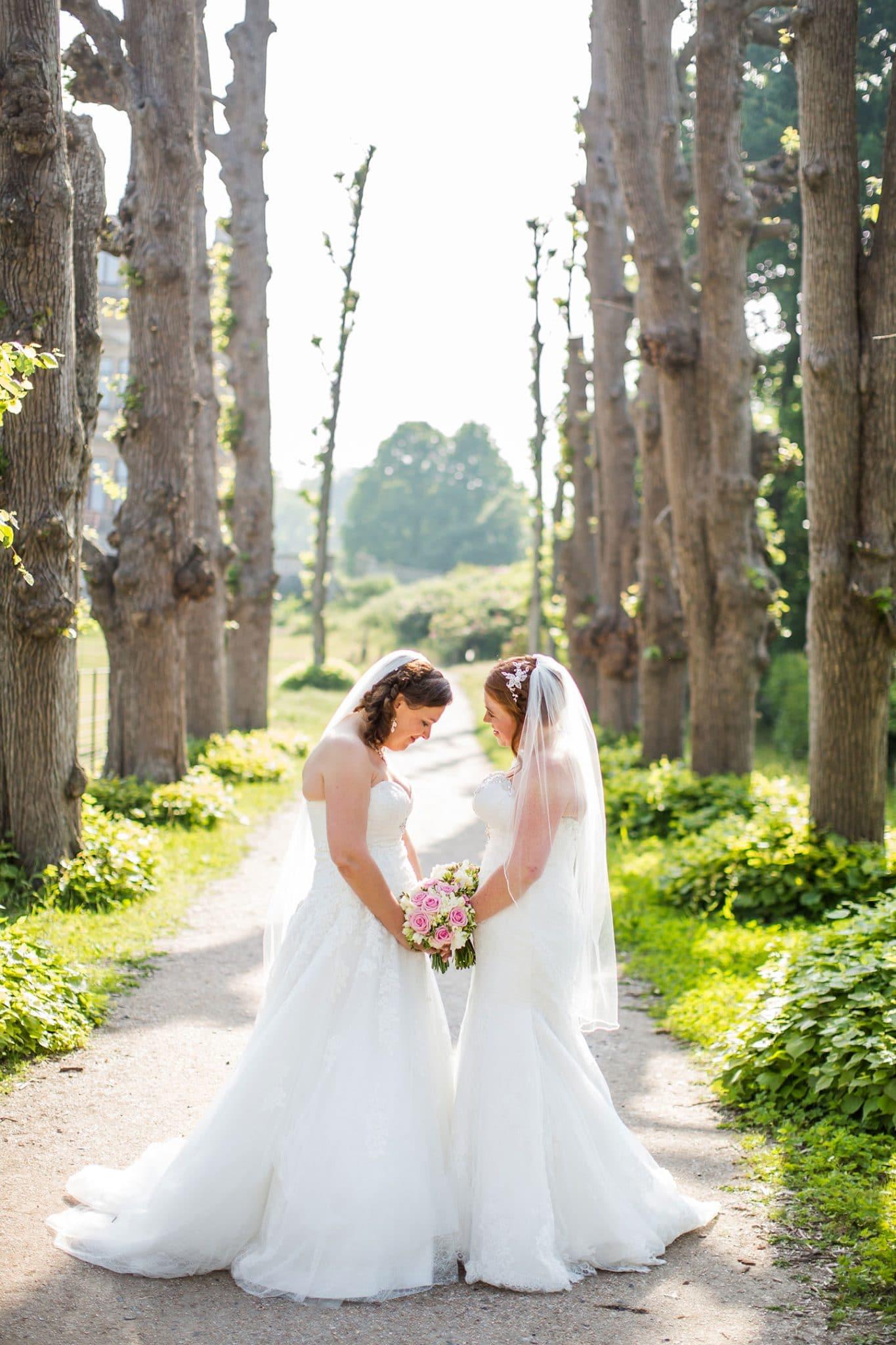 Bruidsfotografie lesbische bruiloft