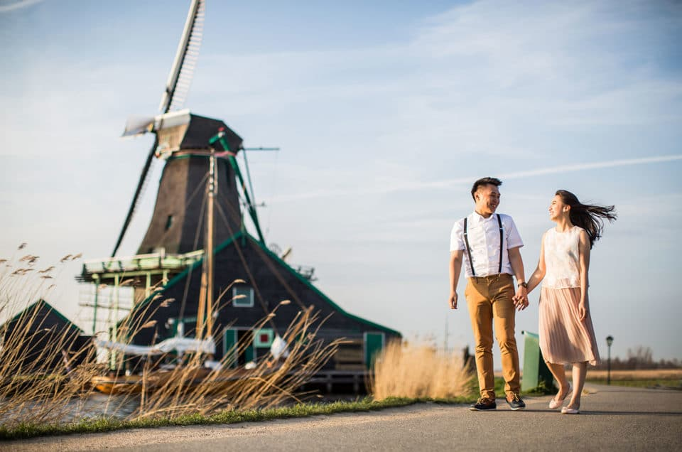 Windmill prewedding shoot Netherlands