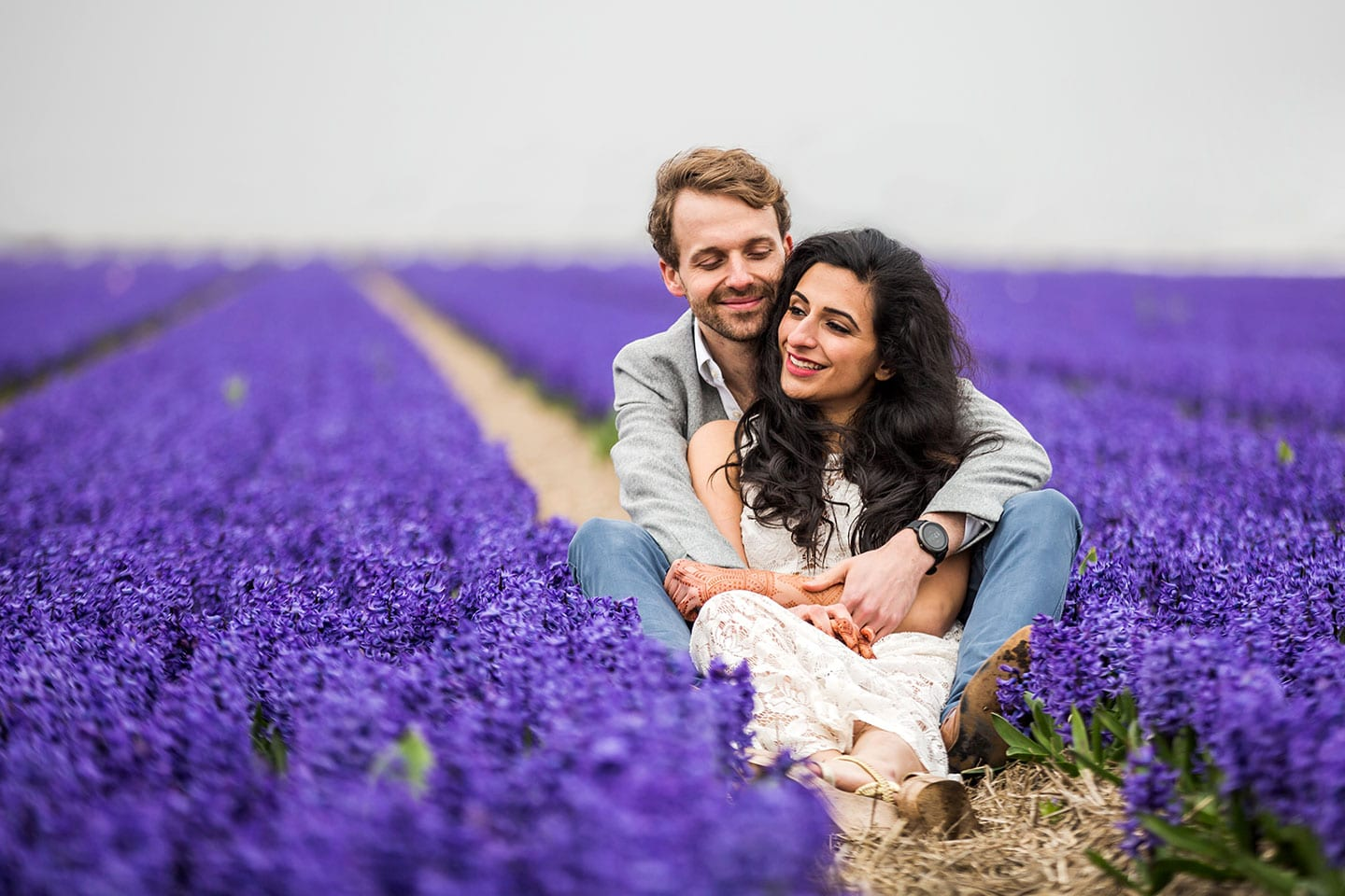Tulip fields prewedding photographer Netherlands
