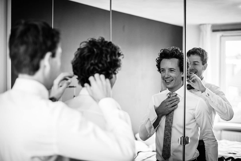 Bruidegom en beste vriend bruiloft Eindhoven