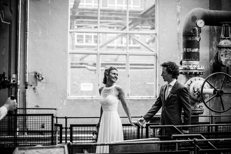 Industriele bruidsfoto's Strijp-S