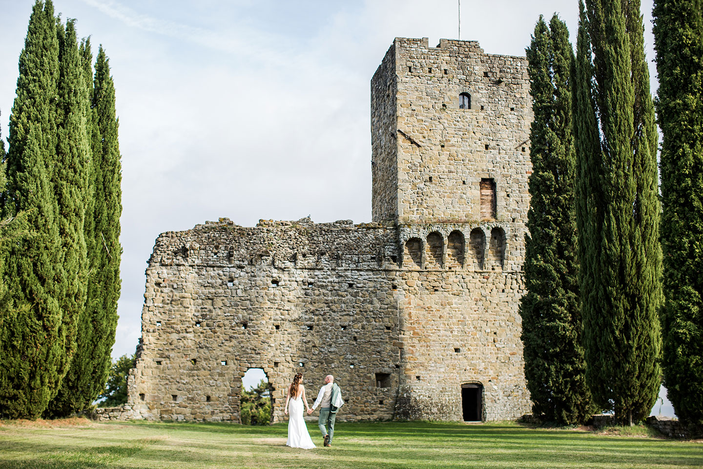 Tuscany wedding medieval castle