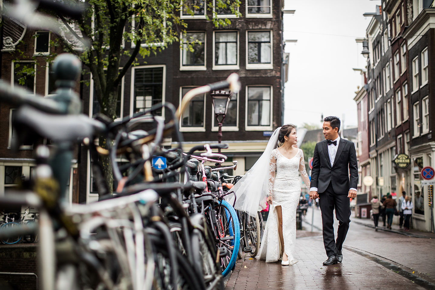 Prewedding European city