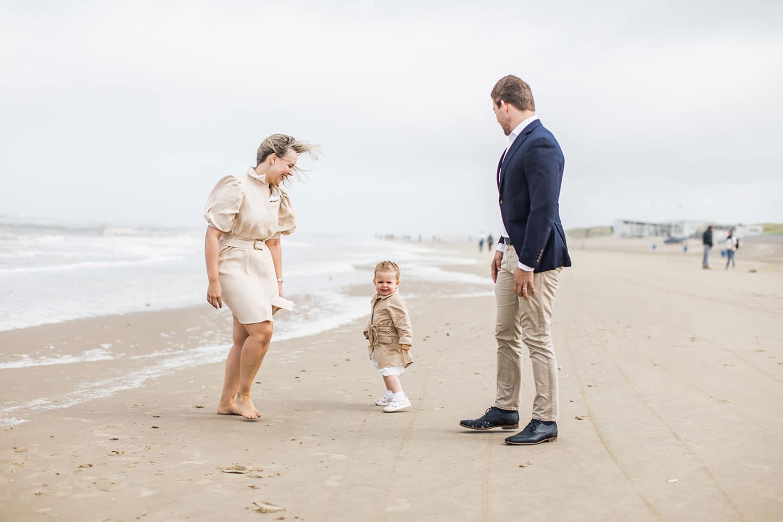 Familieshoot Bergen aan Zee strand