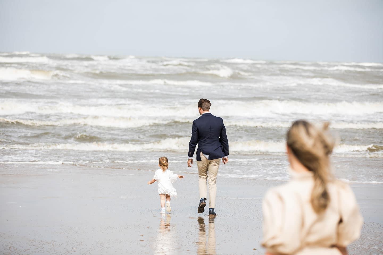 Familie fotoshoot strand Noord-Holland