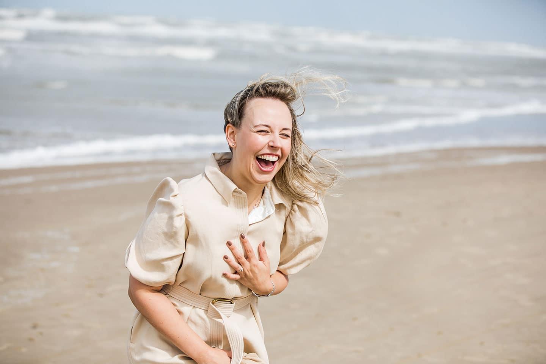 Familieshoot op het strand in Noord-Holland