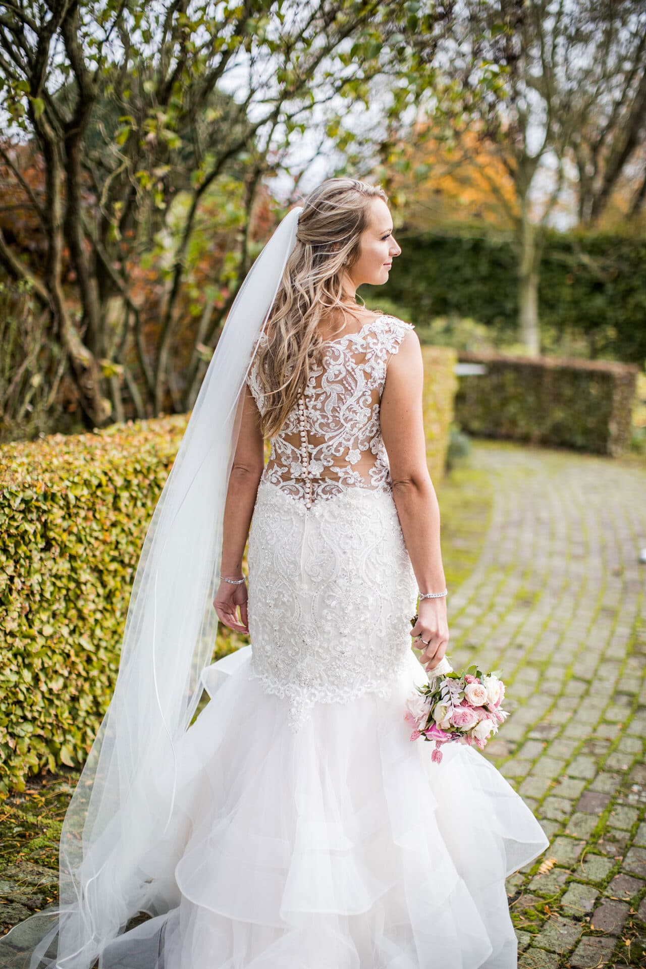 Bruid met zeemeermin jurk